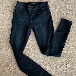 skinny jeans mid-rise